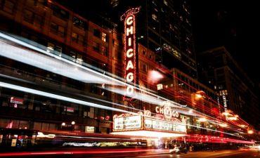 Новые энергоэффективные окна в старом Главпочтамте Чикаго